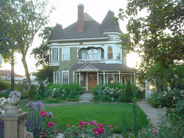 Victorian home in Riverside, CA